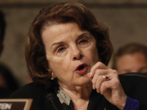 dianne feinstein views and policies At a senate judiciary committee meeting on thursday, senator dianne feinstein  (d-california) opposed an amendment to her assault.